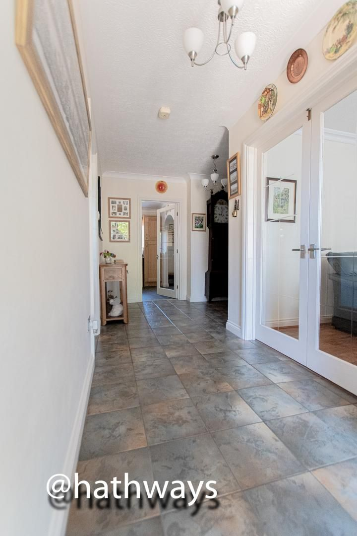 4 bed house for sale in Harpers Road 5