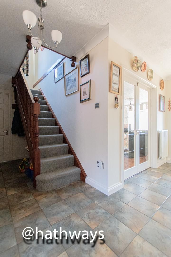 4 bed house for sale in Harpers Road 6