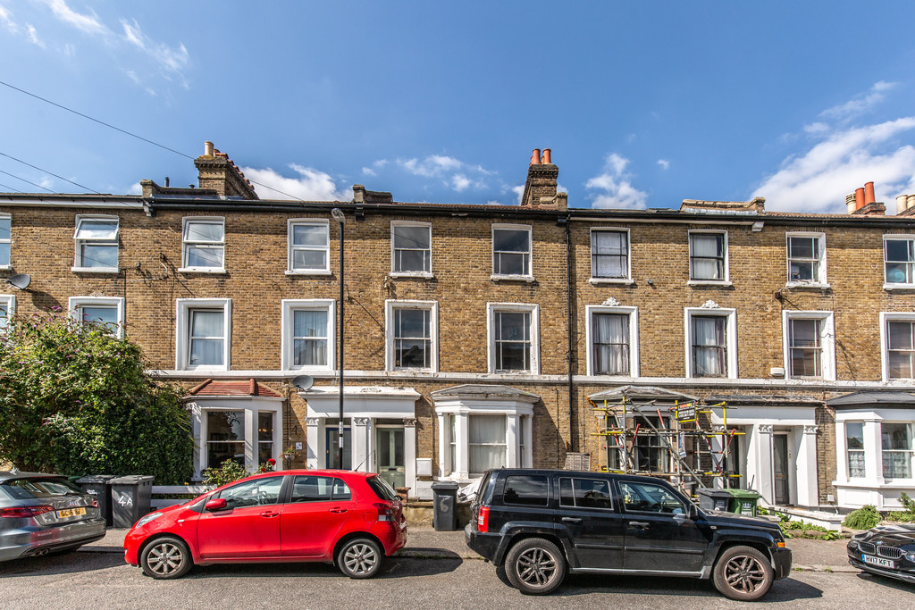 3 bed flat to rent, SE26