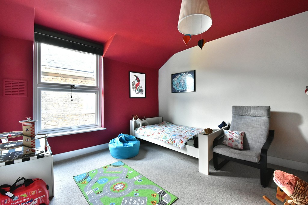 2 bed flat to rent 9