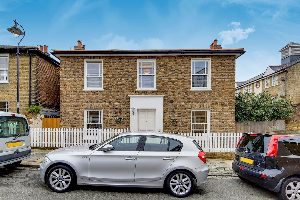 2 bed house for sale, SE26