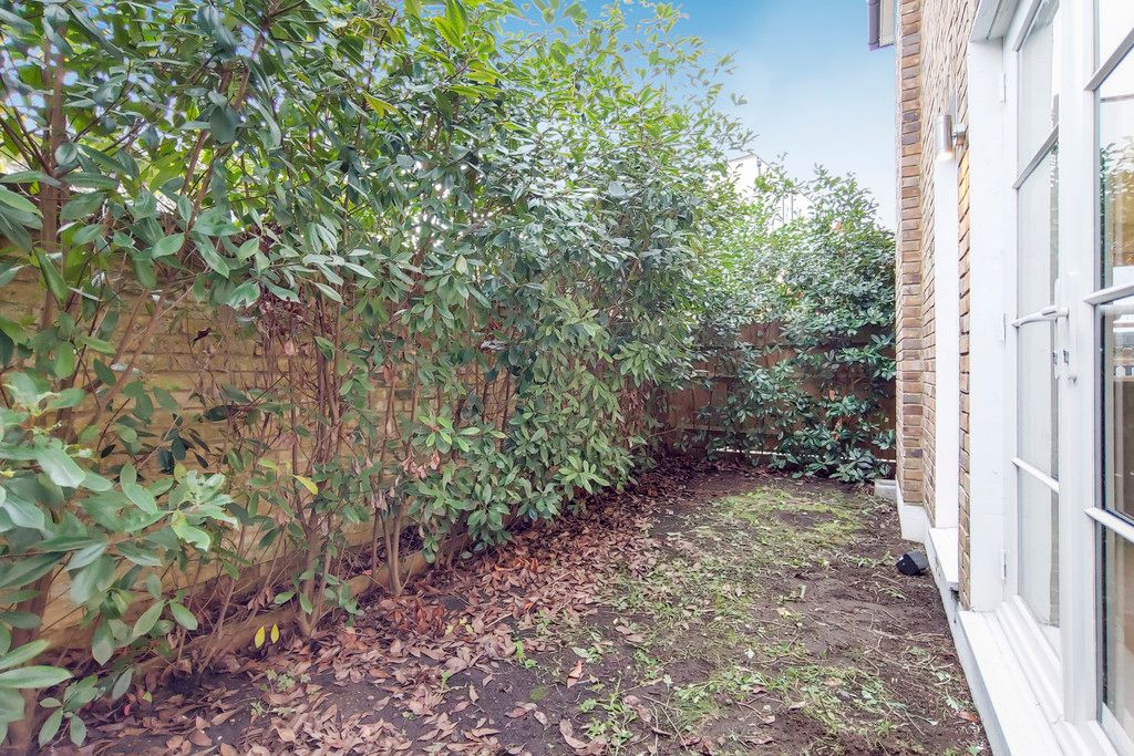 2 bed house for sale  - Property Image 13