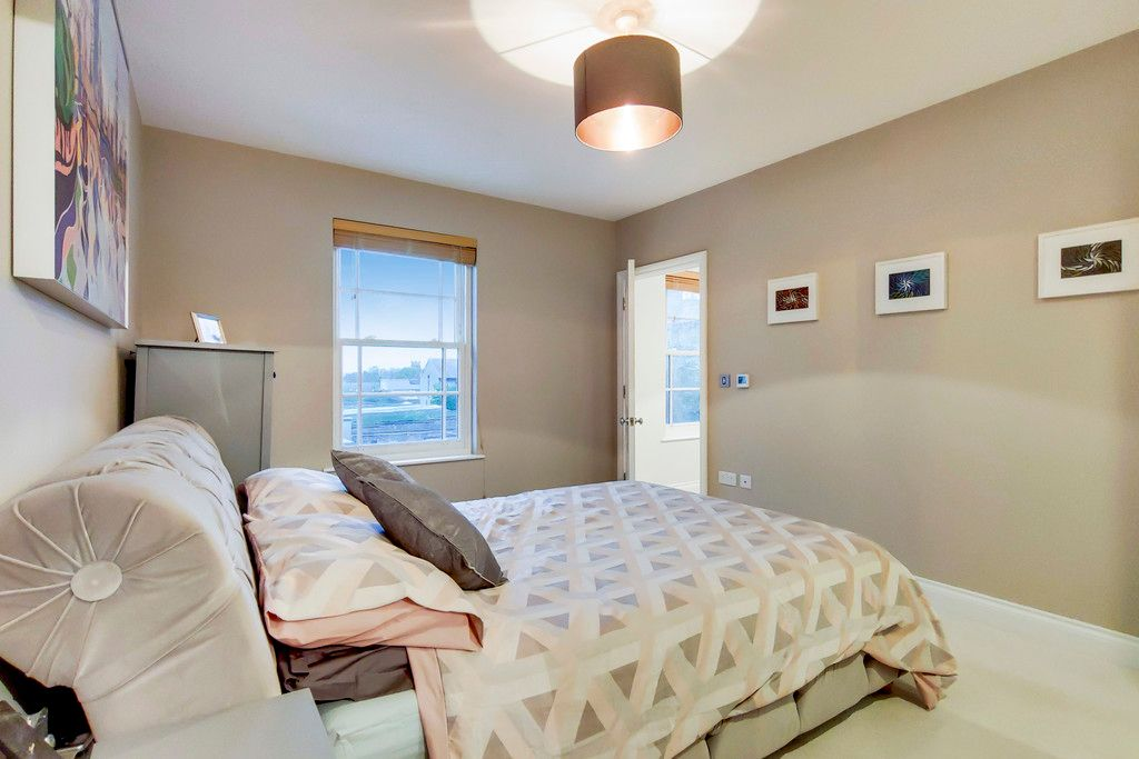 2 bed house for sale  - Property Image 15
