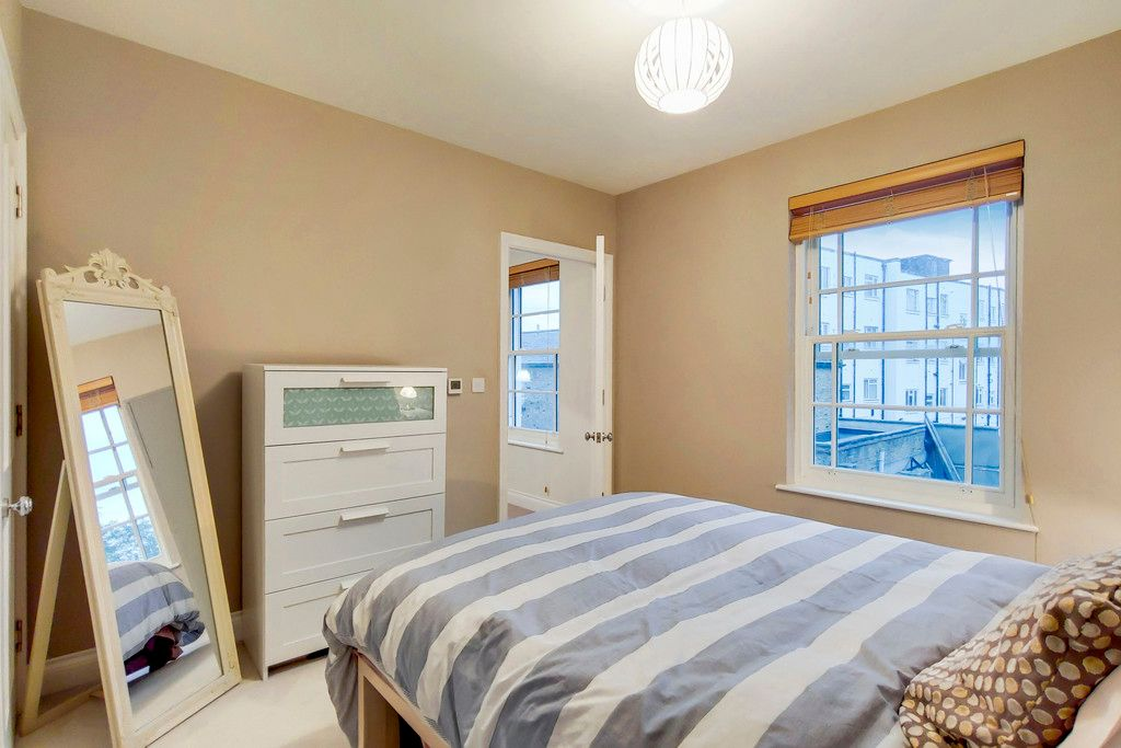2 bed house for sale  - Property Image 18