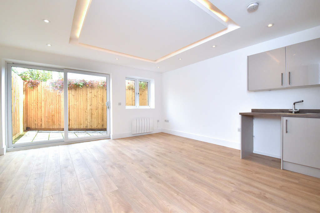 1 bed flat to rent, SE19