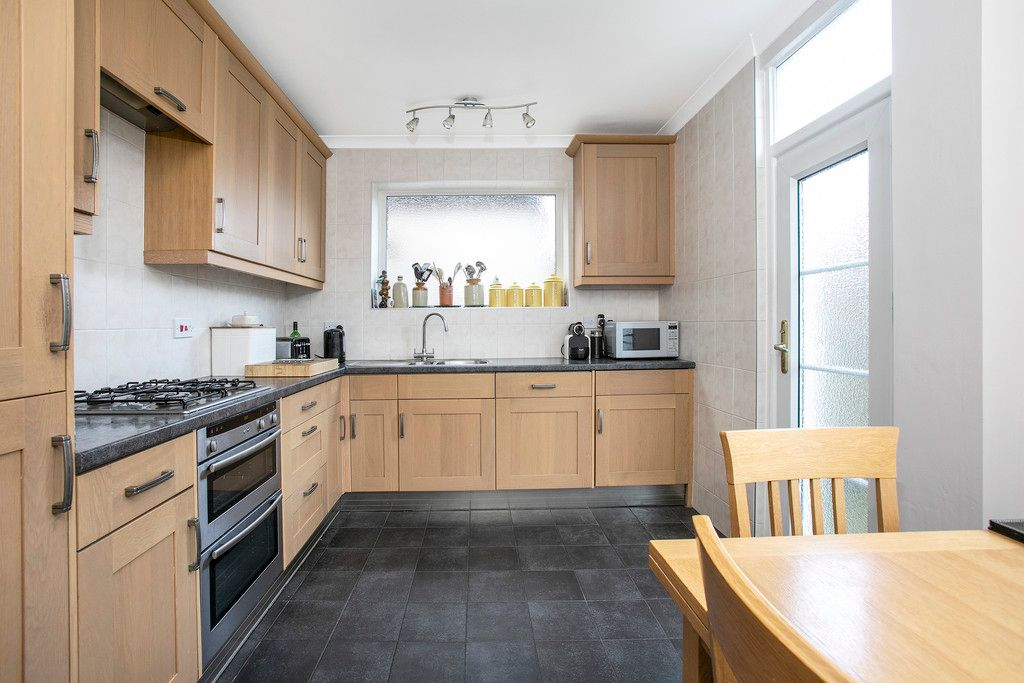 4 bed house for sale  - Property Image 2