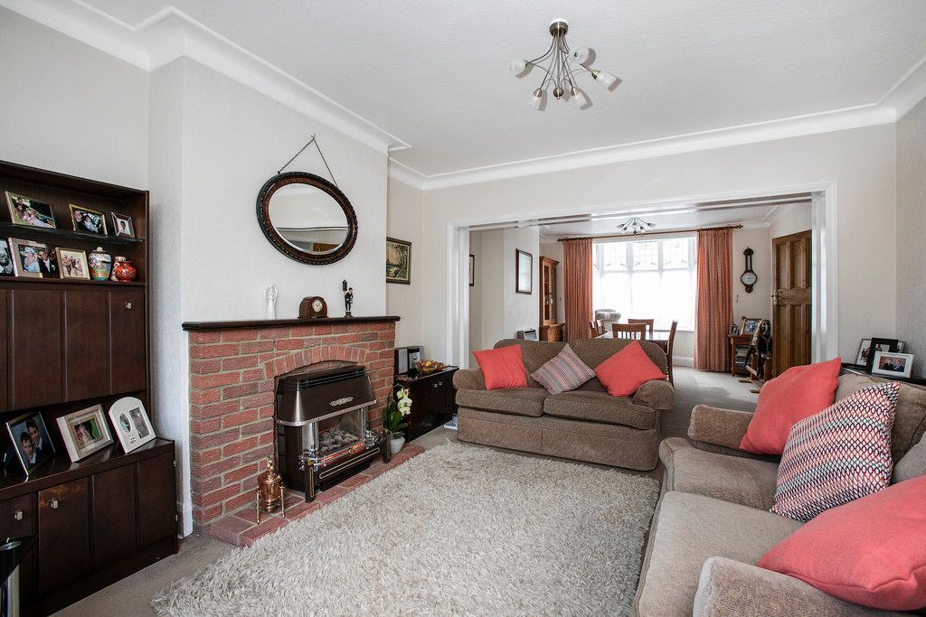4 bed house for sale 11