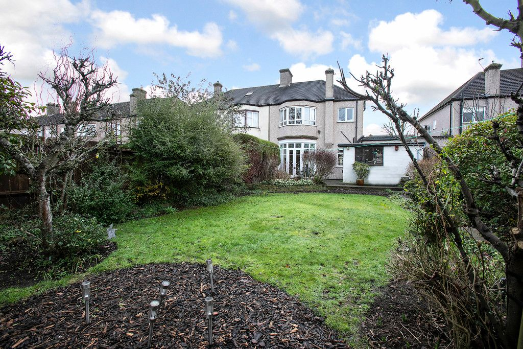 4 bed house for sale 14