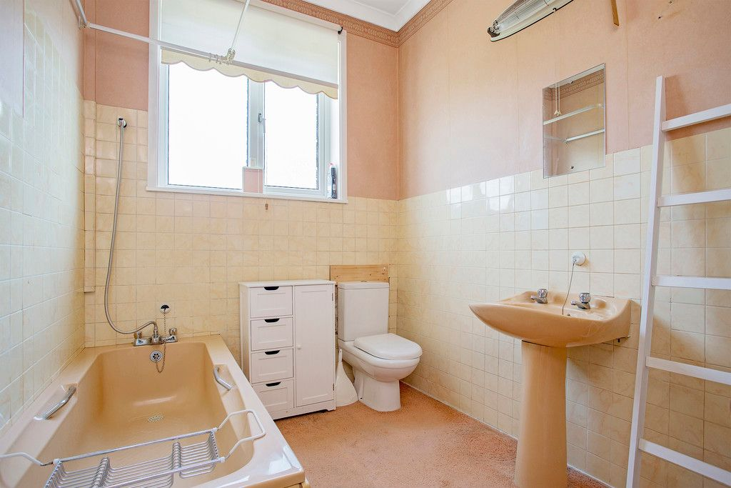 3 bed house for sale 9