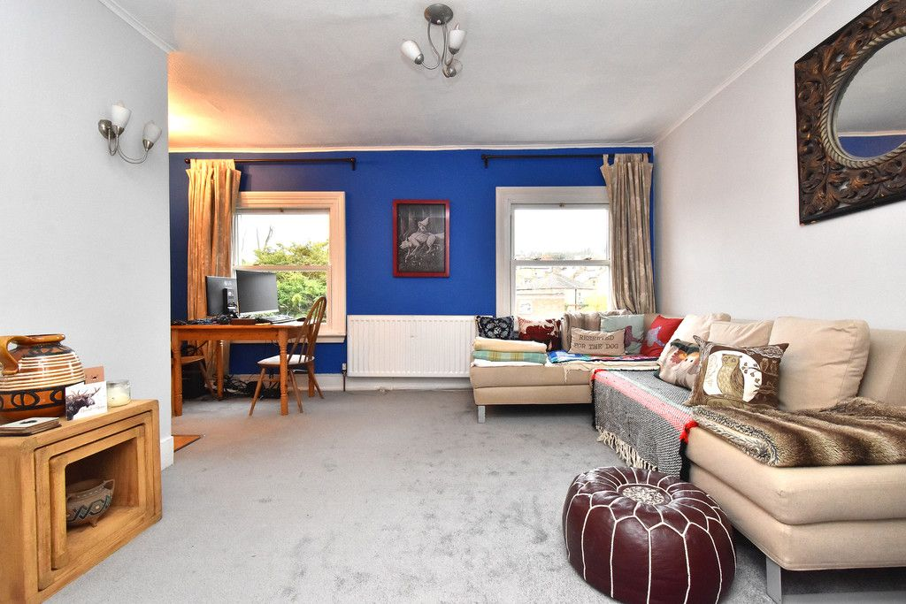 1 bed flat for sale 2