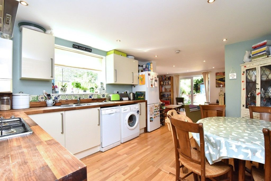 3 bed flat for sale 2