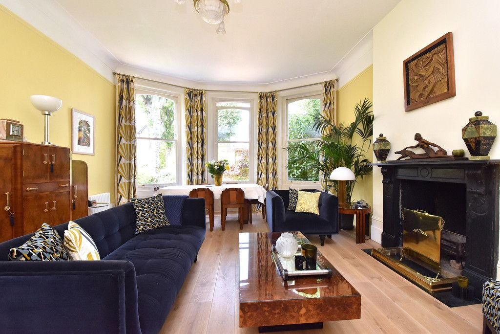 3 bed flat for sale 11