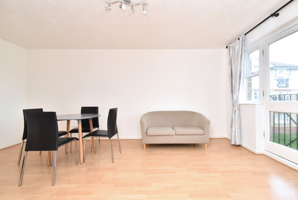 1 bed flat to rent  - Property Image 8
