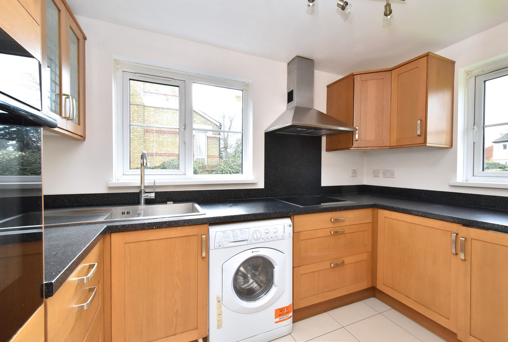 1 bed flat to rent 5