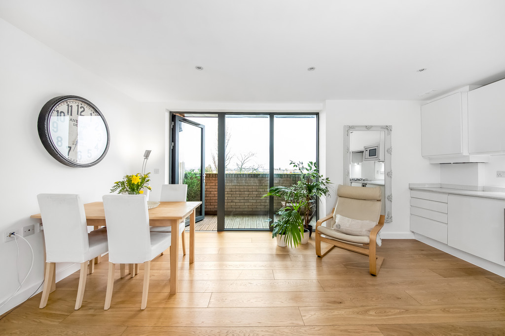 1 bed flat for sale  - Property Image 11