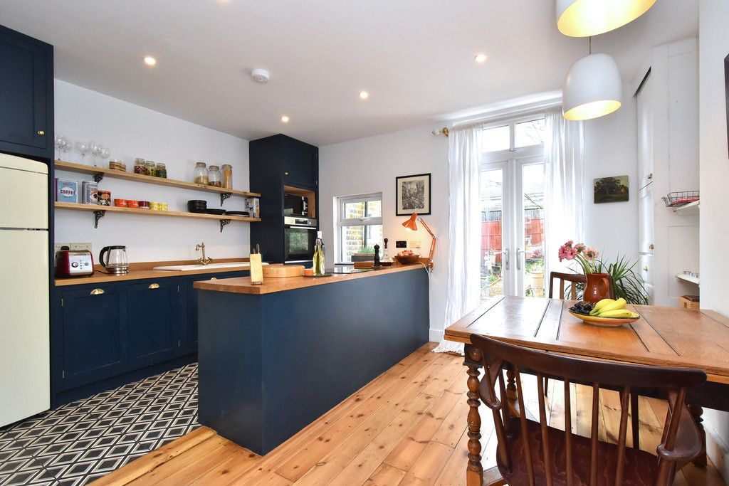 2 bed house for sale 2