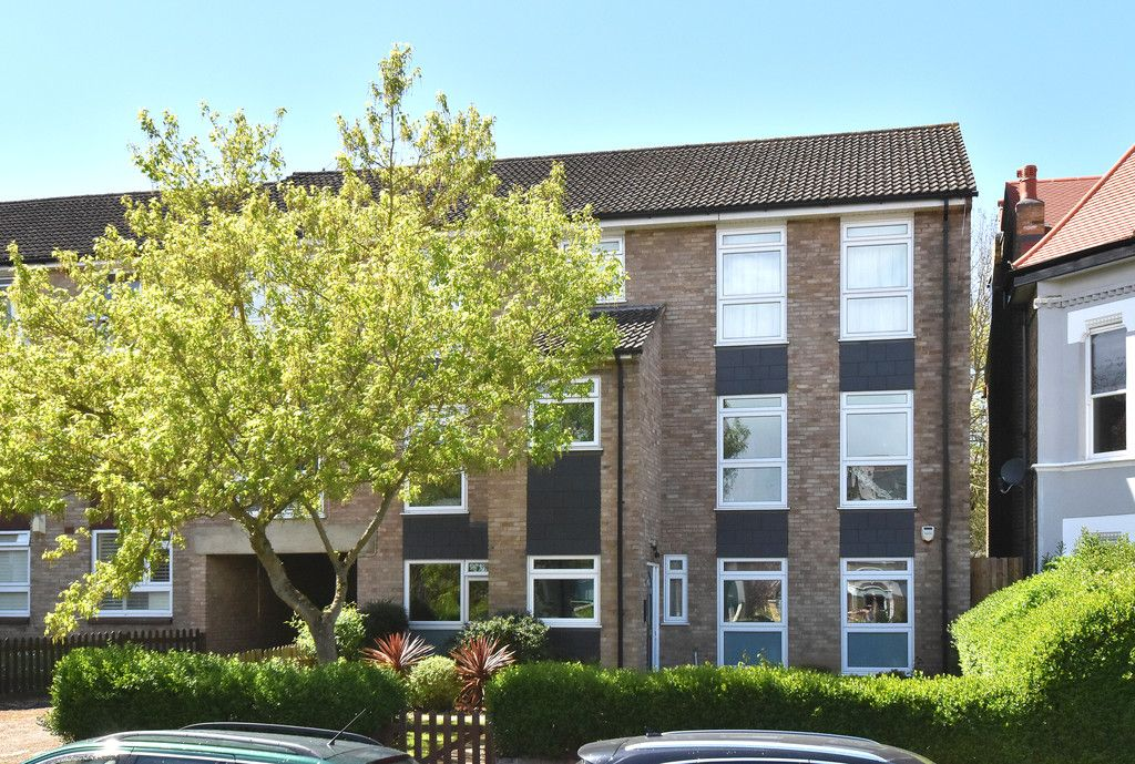 1 bed flat for sale  - Property Image 1