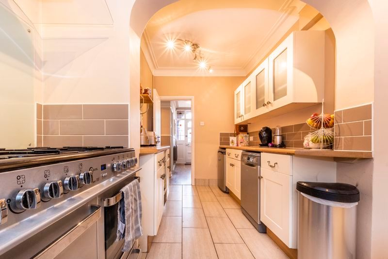 4 bed house for sale in Mayfield Road, PE1