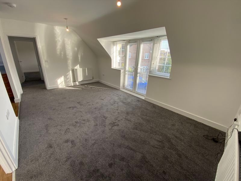 2 bed  to rent in Lady Charlotte Road 2