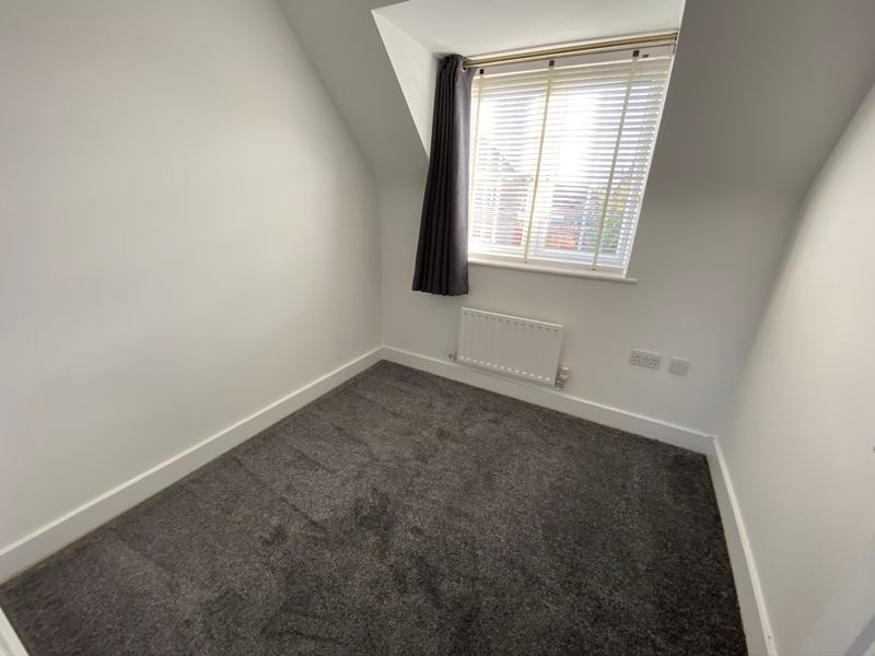 2 bed  to rent in Lady Charlotte Road 5