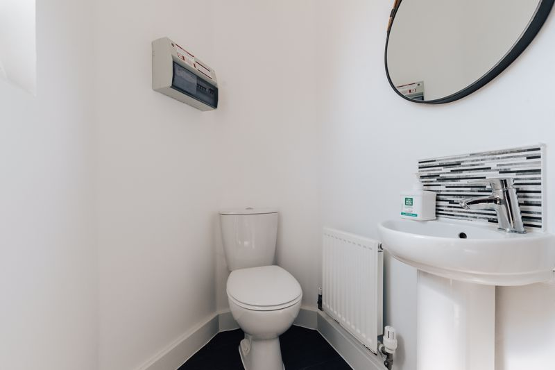 3 bed  for sale in Chamberlain Way  - Property Image 7