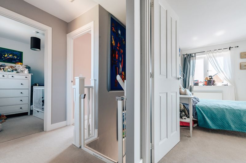 3 bed  for sale in Chamberlain Way 8