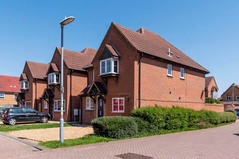 4 bed house for sale in Snowley Park 1