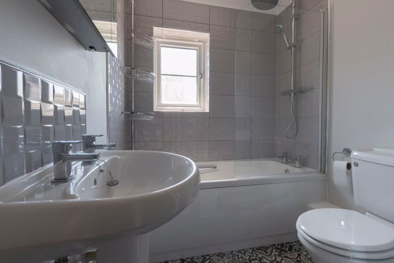 4 bed house for sale in Snowley Park 16
