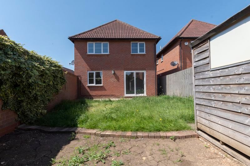 4 bed house for sale in Snowley Park 17