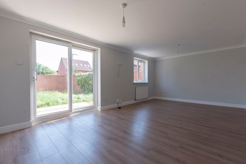 4 bed house for sale in Snowley Park 5