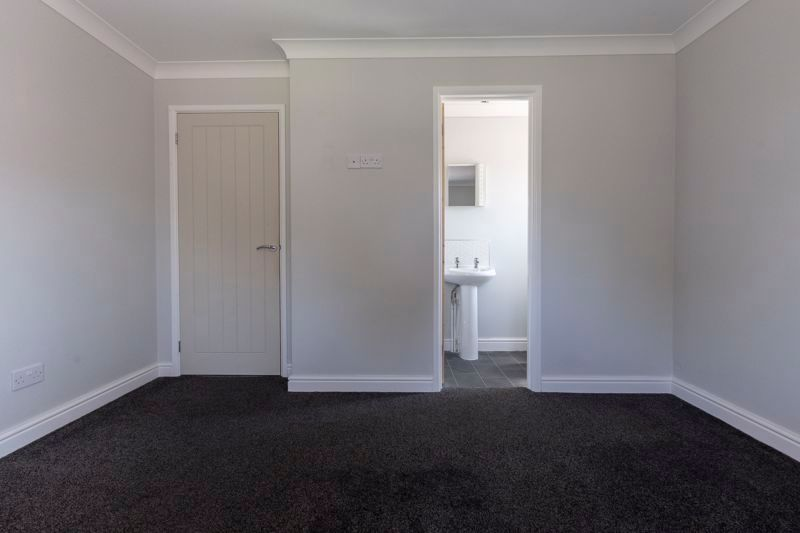 4 bed house for sale in Snowley Park 9