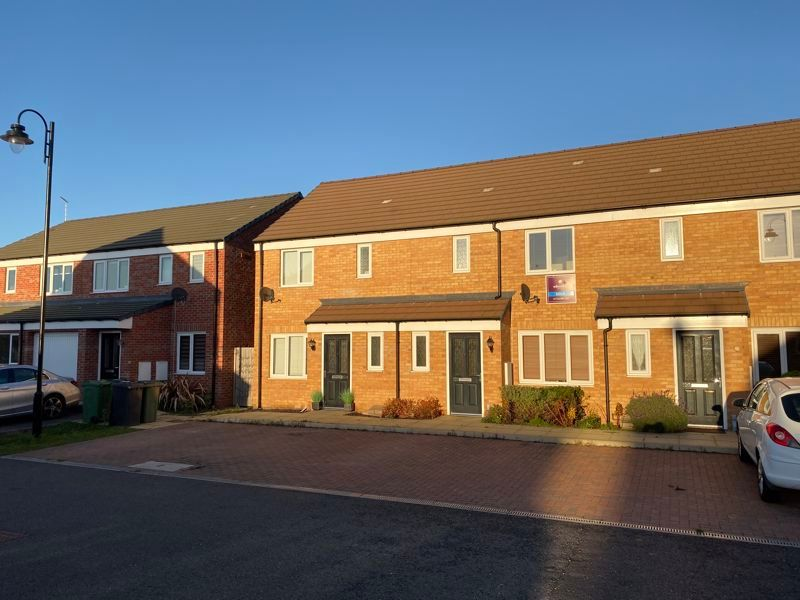 3 bed house to rent in Saxonbury Way, PE2