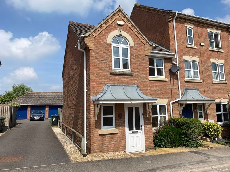 3 bed house to rent in High Court Way 1