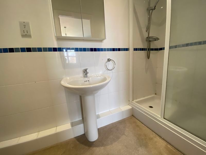 3 bed house to rent in High Court Way 8