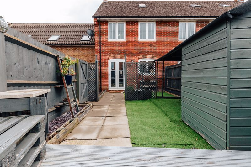 4 bed house for sale in Violet Way 18