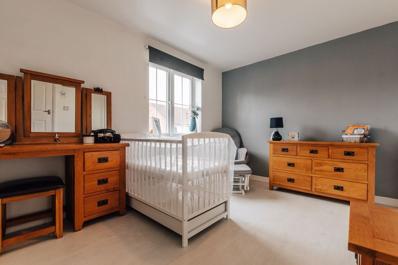4 bed house for sale in Violet Way 10