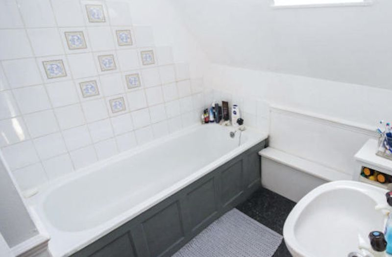 2 bed  to rent in Blackmead 6