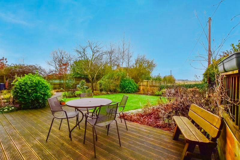 5 bed house for sale in Holme Road 12