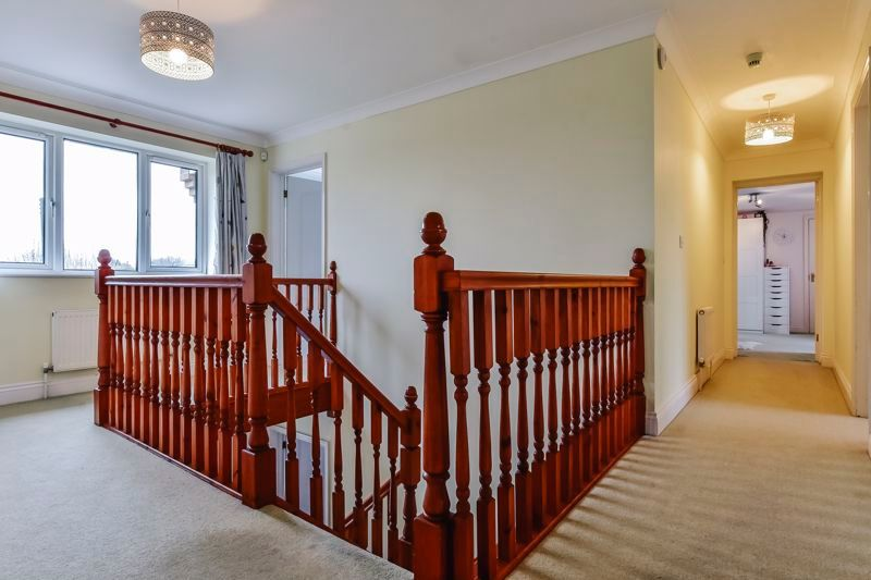 5 bed house for sale in Holme Road  - Property Image 16