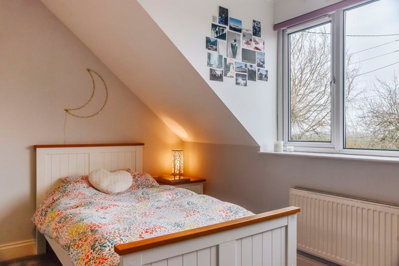 5 bed house for sale in Holme Road 25
