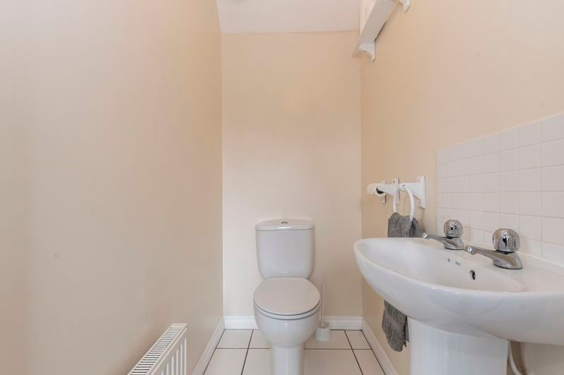 3 bed house for sale in Lakeview Way 12