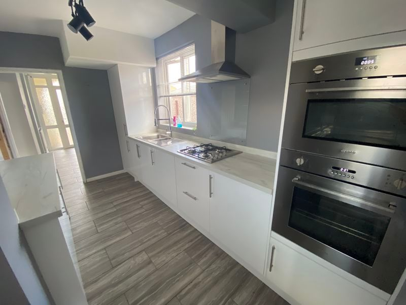 3 bed house to rent in Southfields Drive, PE2