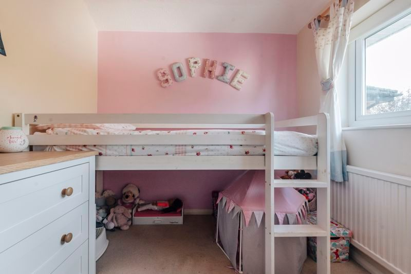 4 bed house for sale in Partridge Close  - Property Image 11