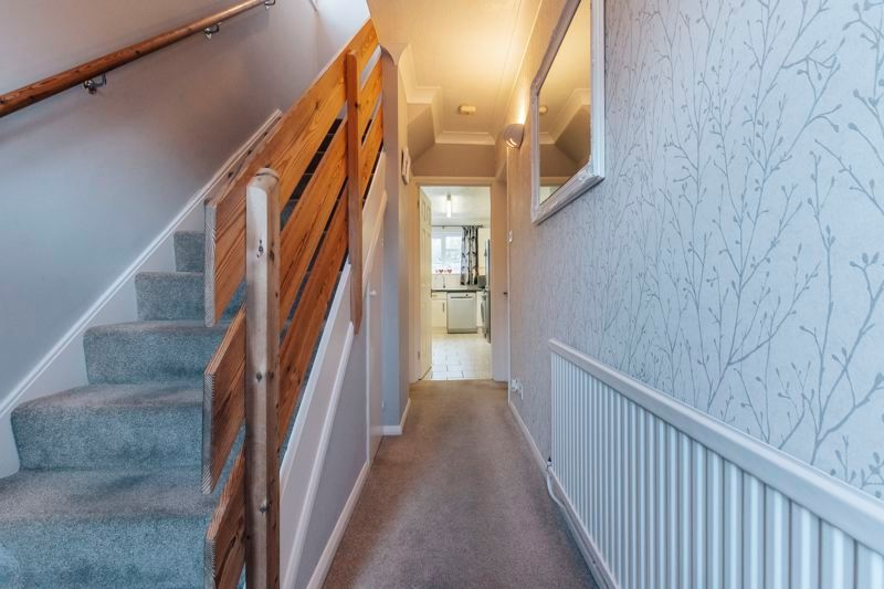 4 bed house for sale in Partridge Close 5