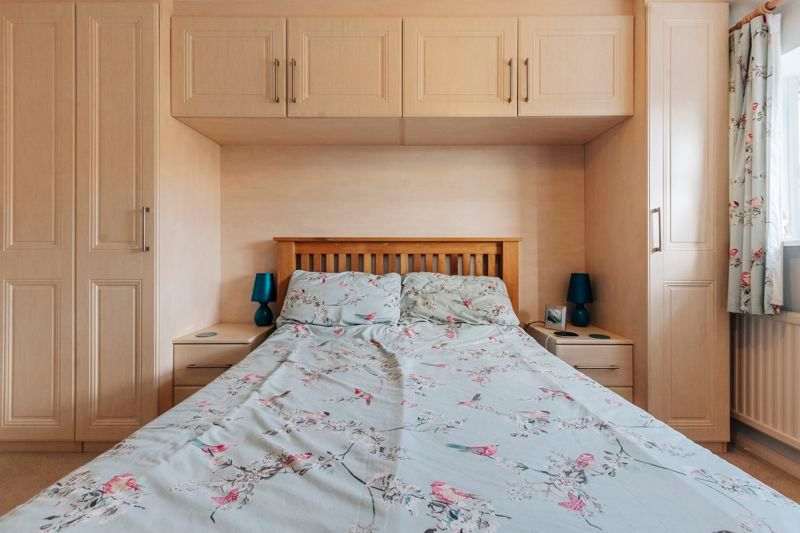 4 bed house for sale in Partridge Close 9