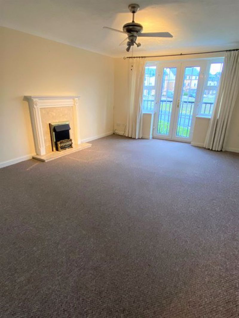 to rent in Lakeview Way 7