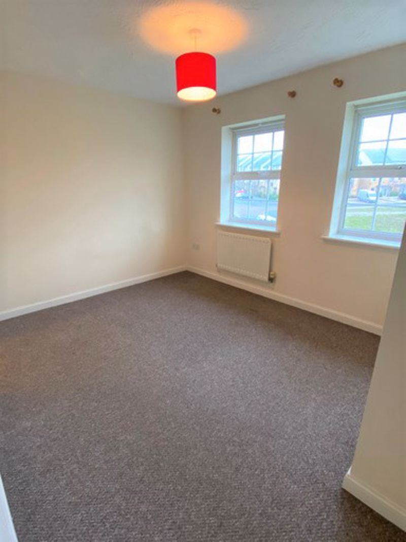 to rent in Lakeview Way 8