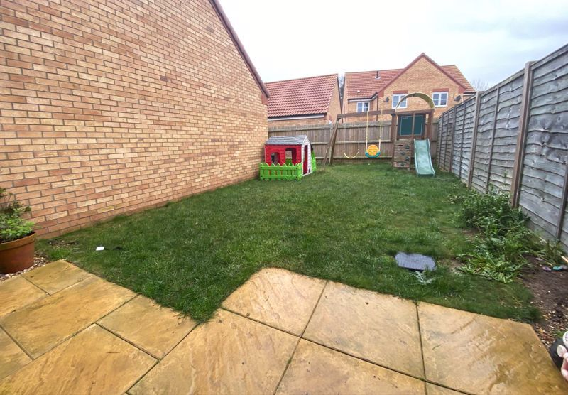 3 bed  for sale in Sandleford Drive 13
