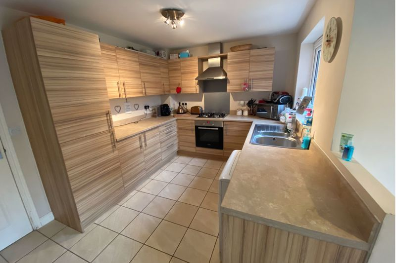 3 bed  for sale in Sandleford Drive 4