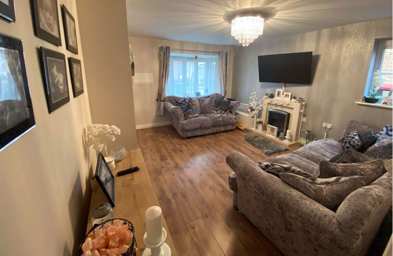 3 bed  for sale in Sandleford Drive  - Property Image 6